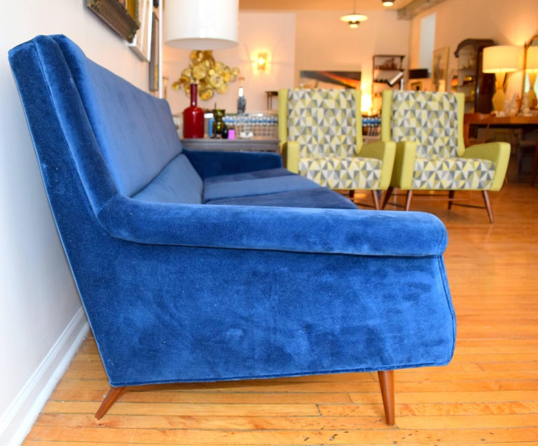Early Milo Baughman Angular Sofa for Thayer Coggin In Excellent Condition For Sale In Chicago, IL