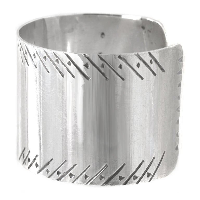 Early Navajo Sterling Cuff For Sale 3