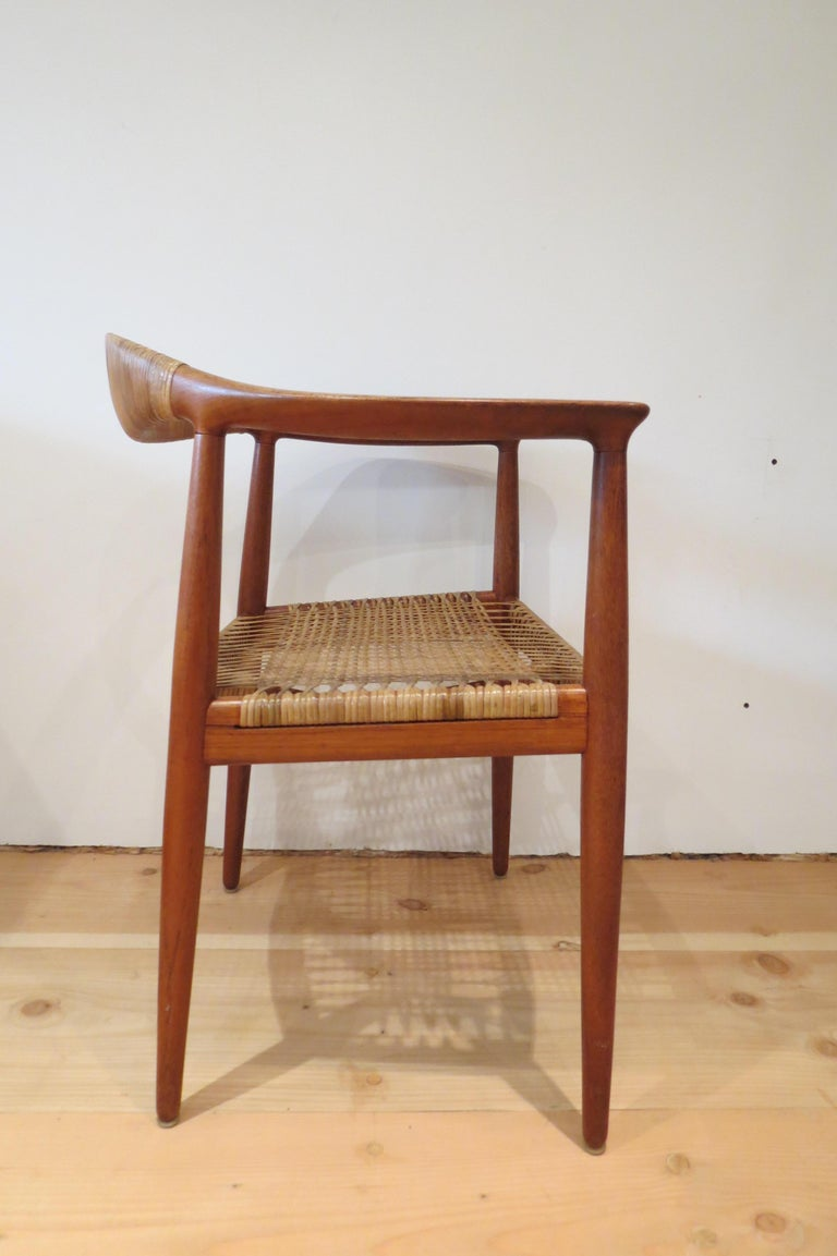 Early Original JH501 Chair by Hans J Wegner for Johannes Hansen in Teak, 1950 In Good Condition For Sale In Stow on the Wold, GB