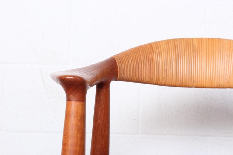 Mid-20th Century Early Original Round Chair by Hans Wegner For Sale
