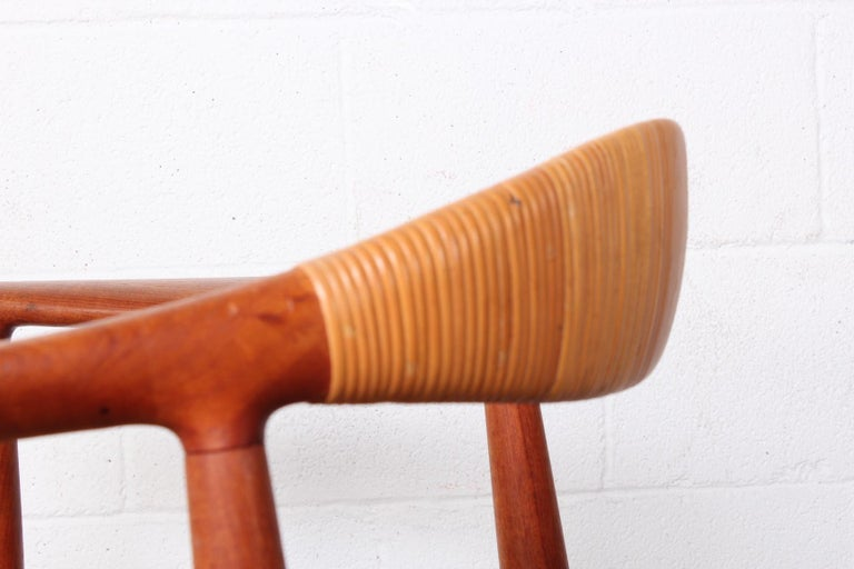 Early Original Round Chair by Hans Wegner For Sale 5