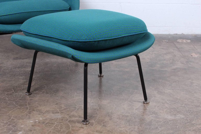 Early Original Womb Chair and Ottoman by Eero Saarinen For Sale 4