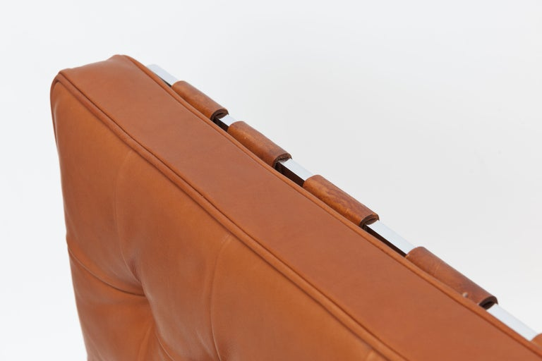 Early Pair of Cognac Leather RH301 Lounge Chairs by Robert Haussmann For Sale 6