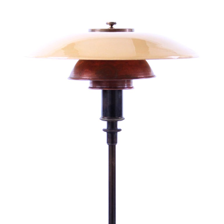 Poul Henningsen & Louis Poulsen - Scandinavian Modern