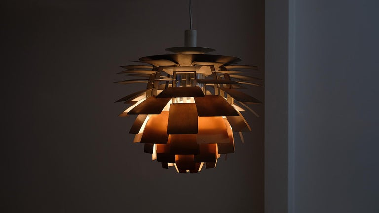 Wonderful early production Artichoke light with amazing patina designed by Paul Henningsen for Louis Poulsen, Denmark. Superb original period example in beautiful condition.