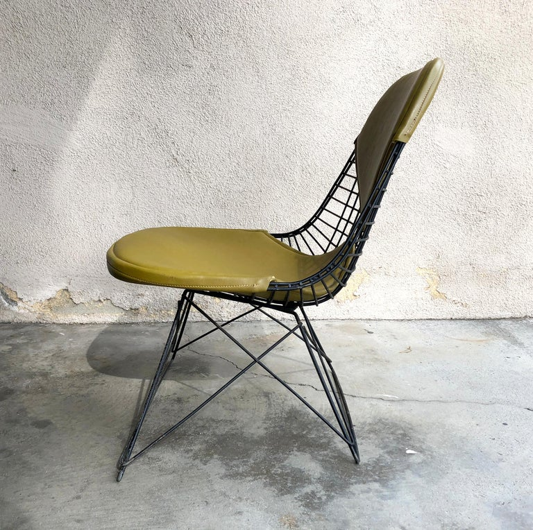 Early Production Eames LKR Wire Chair In Good Condition For Sale In Pasadena, CA