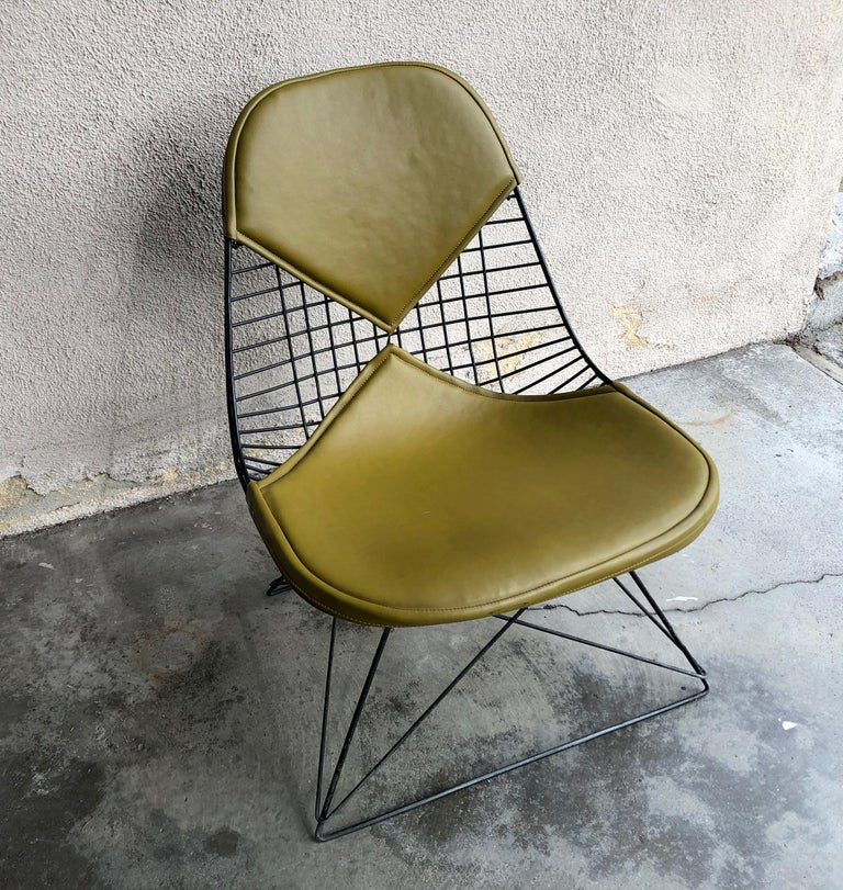 Early Production Eames LKR Wire Chair For Sale 1