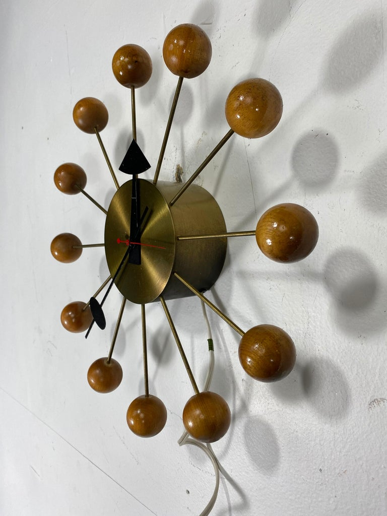 Mid-Century Modern Early Production George Nelson Natural Wood Ball Clock #4755, Howard Miller For Sale