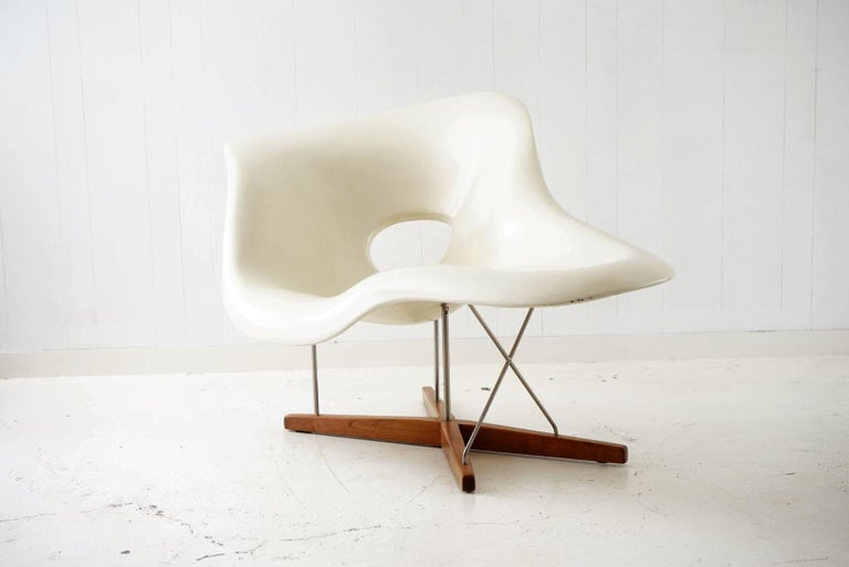 American Early Production 'La Chaise' by Charles and Ray Eames for Vitra, circa 1996 For Sale