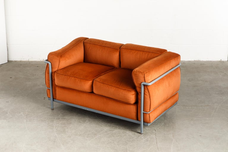 Early Production LC2 Loveseat Sofa by Le Corbusier for Cassina, c. 1965, Signed For Sale 3