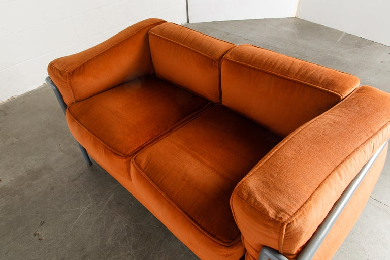 Early Production LC2 Loveseat Sofa by Le Corbusier for Cassina, c. 1965, Signed For Sale 7