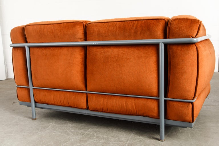 Early Production LC2 Loveseat Sofa by Le Corbusier for Cassina, c. 1965, Signed For Sale 11