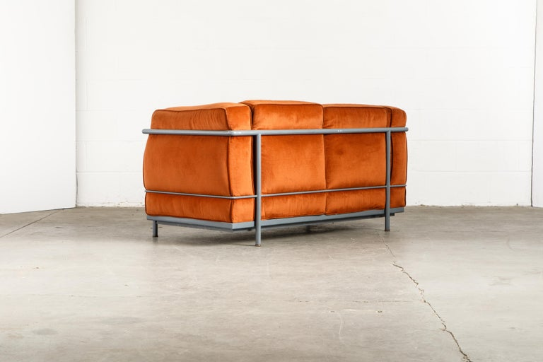Early Production LC2 Loveseat Sofa by Le Corbusier for Cassina, c. 1965, Signed For Sale 1