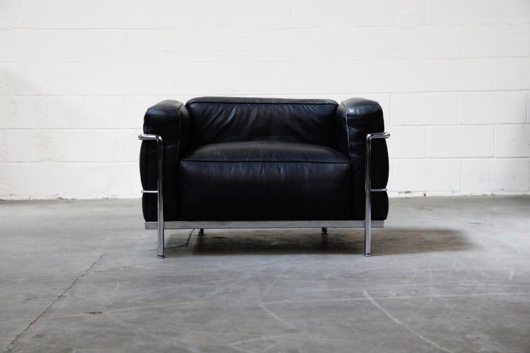 If you want the most comfortable and sizable club chair to sink your heinie into, these Le Corbusier for Cassina (signed) LC3's are the chairs for you (and of course, your heinie). Large and in-charge, the 'LC3 - Grand Modèle' is the pinnacle in