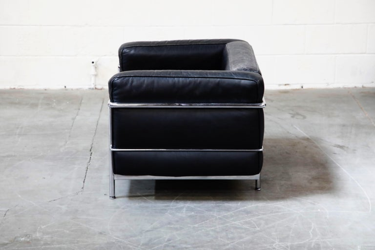 Early Production 'LC3' Lounge Chairs by Le Corbusier for Cassina, Signed In Good Condition For Sale In Los Angeles, CA