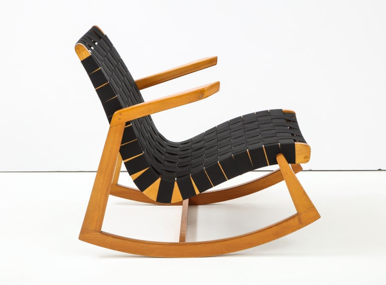 Early Ralph Rapson Rocker for Knoll In Good Condition For Sale In New York, NY