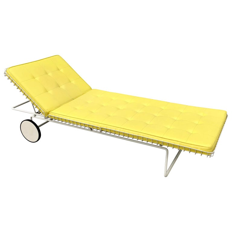 Early Richard Schultz Model 715 Chaise Longue for Knoll For Sale