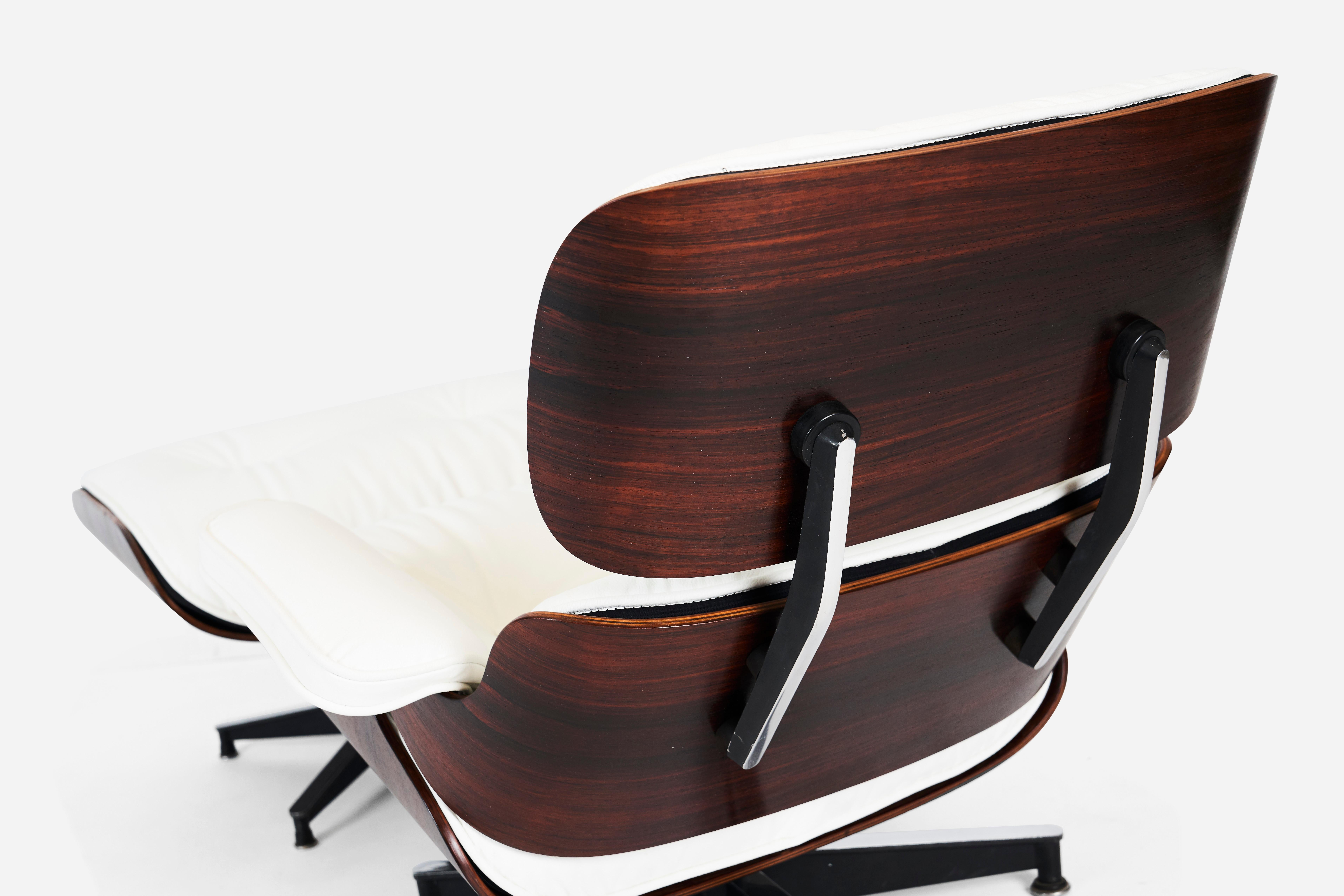 Swell Early Rosewood Charles Eames Lounge Chair For Herman Miller Caraccident5 Cool Chair Designs And Ideas Caraccident5Info