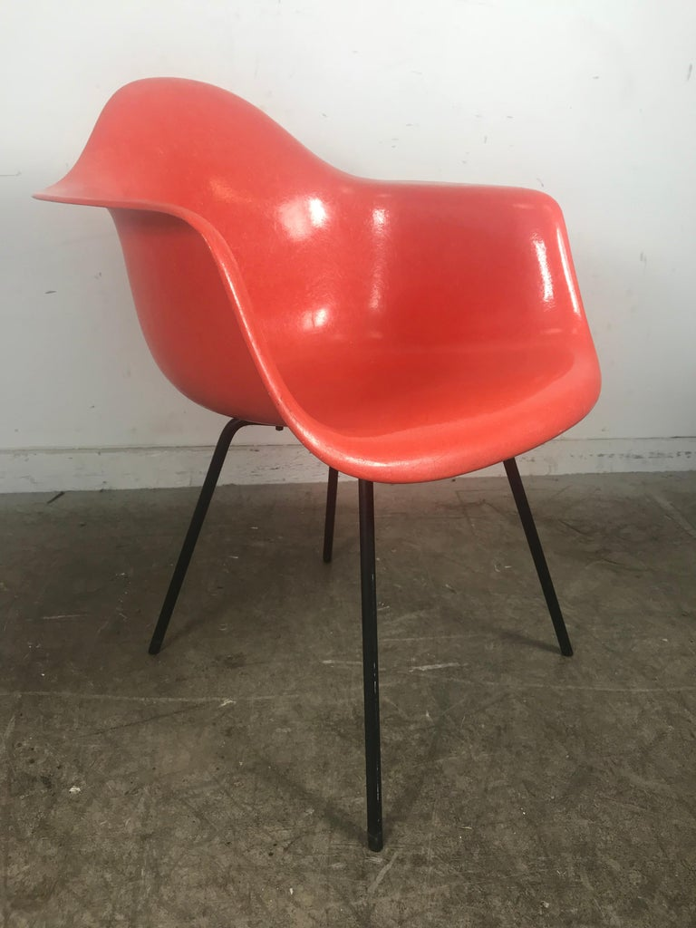 American Early Salmon color Charles and Ray Eames Arm Shell Chair, 2nd generation X base For Sale