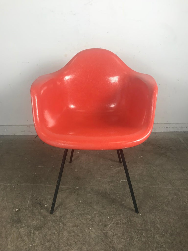 Early Salmon color Charles and Ray Eames Arm Shell Chair, 2nd generation X base For Sale 2