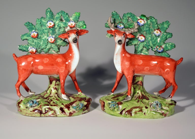 Early Staffordshire Pearlware Pair of Deer Bocage Figures, circa 1825 For Sale 3