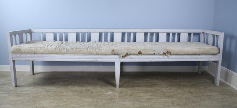 Painted Early Swedish Sofa or Daybed, Original Paint For Sale