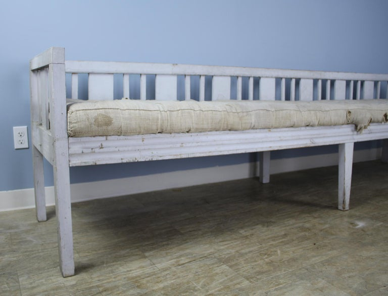 18th Century Early Swedish Sofa or Daybed, Original Paint For Sale