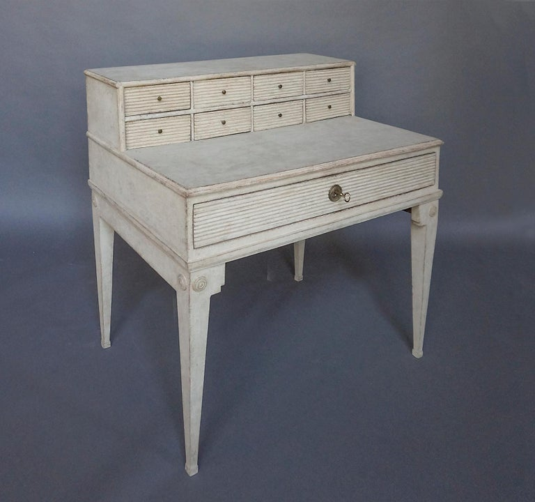 Early Swedish Writing Desk In Good Condition For Sale In Sheffield, MA