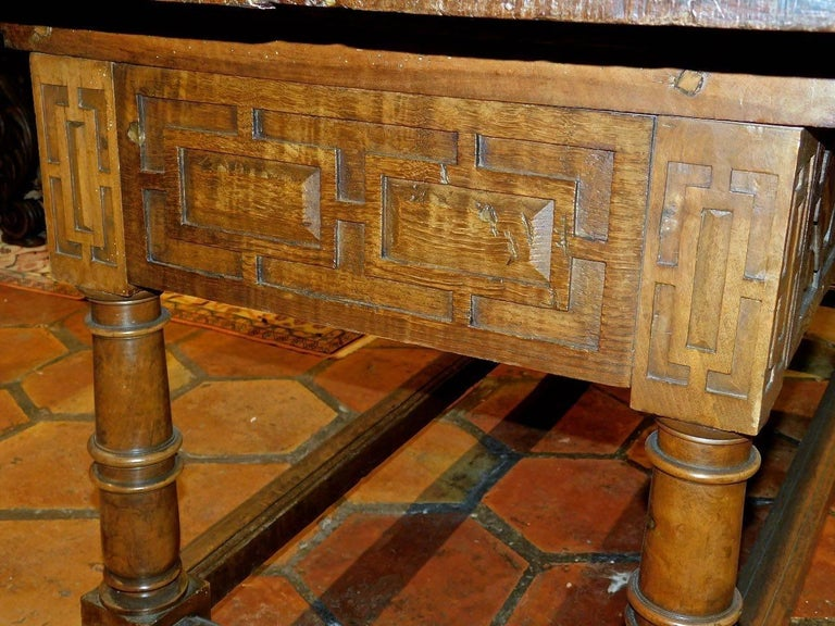 Early to Mid 17th Century Two-Drawer Spanish Library Table, Walnut and Chestnut For Sale 4