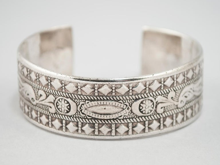 Hand-Crafted Early to Mid-20th Century Silver Tribal Bracelet, Berber People, Libya For Sale
