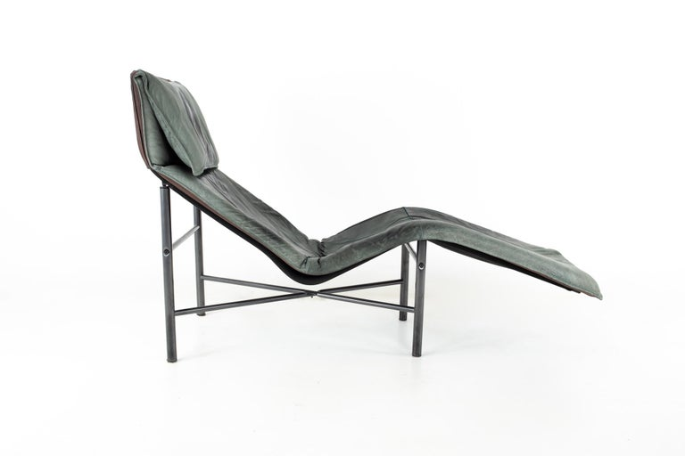 American Early Tord Bjorklund for IKEA Mid Century Leather Chaise Lounge Chair For Sale