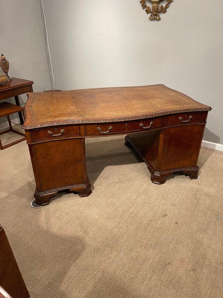 Mid-19th Century Early Victorian Burl Walnut 2 Pedestal Desk For Sale