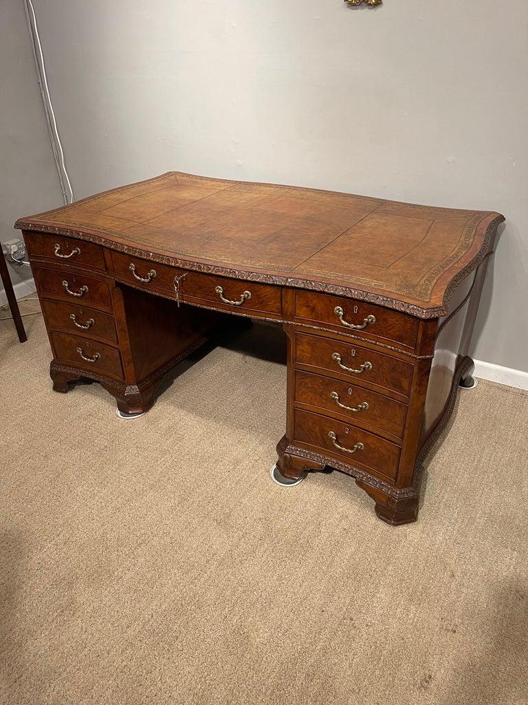 Early Victorian Burl Walnut 2 Pedestal Desk For Sale 2