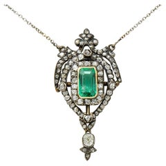Early Victorian Emerald Diamond Silver-Topped Gold Ornate Drop Necklace