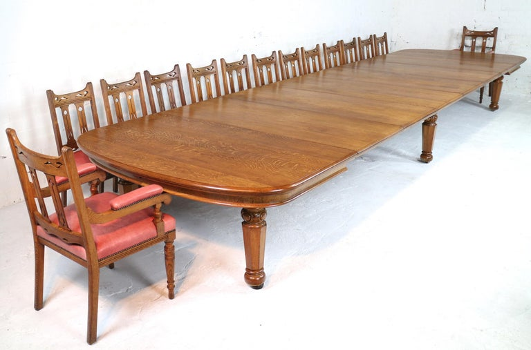 Early Victorian Extra Wide Oak Extending Dining Table And 7 Leaves At 1stdibs