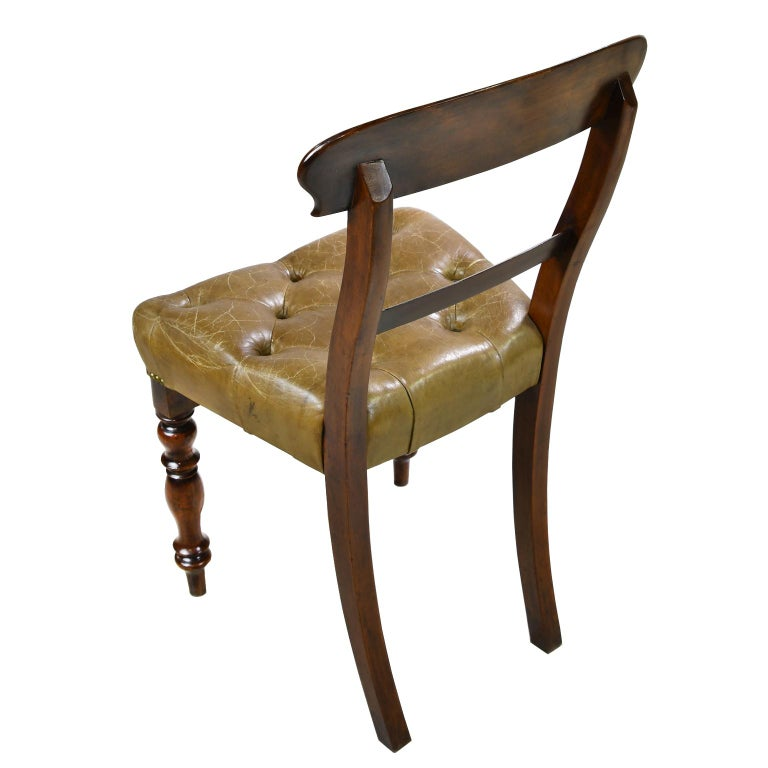Hand-Carved Early Victorian Mahogany Chair with Tufted Leather Upholstery, England For Sale