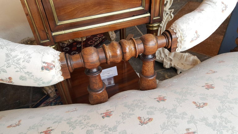 Early Victorian Rosewood Two-Seat Settee In Excellent Condition For Sale In Altrincham, Cheshire
