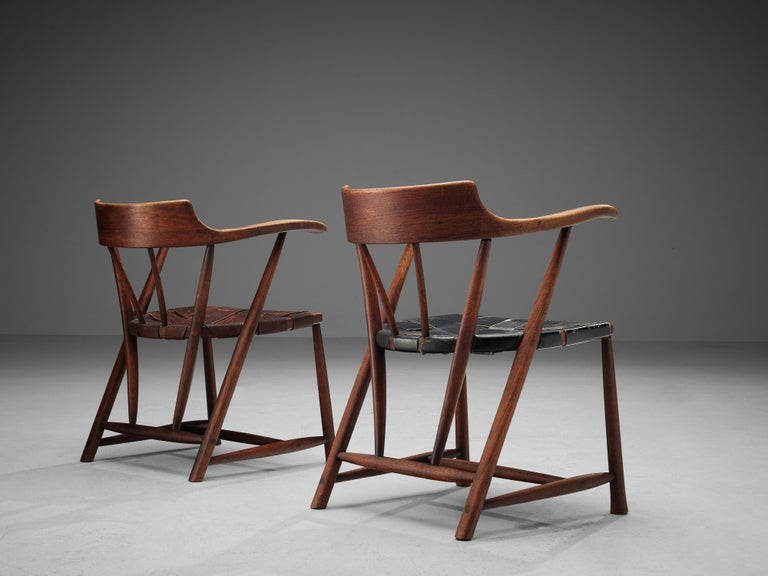 Early Wharton Esherick 'Captain's Chair' in American Walnut and Brown Leather For Sale 6