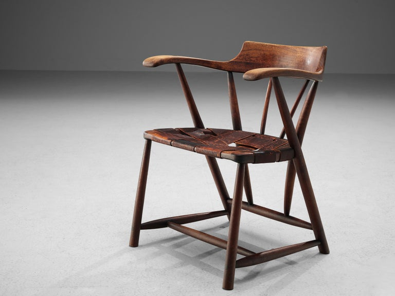 Early Wharton Esherick 'Captain's Chair' in American Walnut and Brown Leather In Good Condition For Sale In Waalwijk, NL