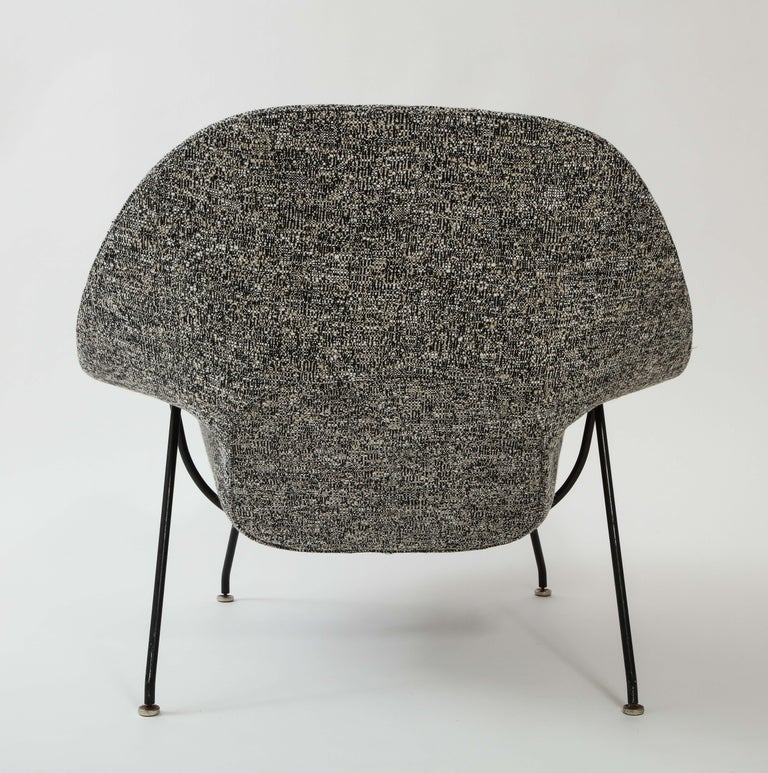 Early Womb Chair and Ottoman, Eero Saarinen In Good Condition For Sale In New York, NY