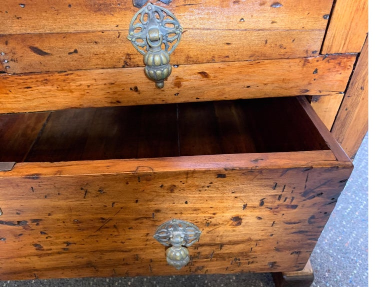 Early 20th Century Workbench with Three Drawers For Sale 3