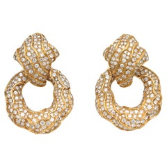 Earring with Circle Pendant with Diamonds in 18 Kt Yellow Gold