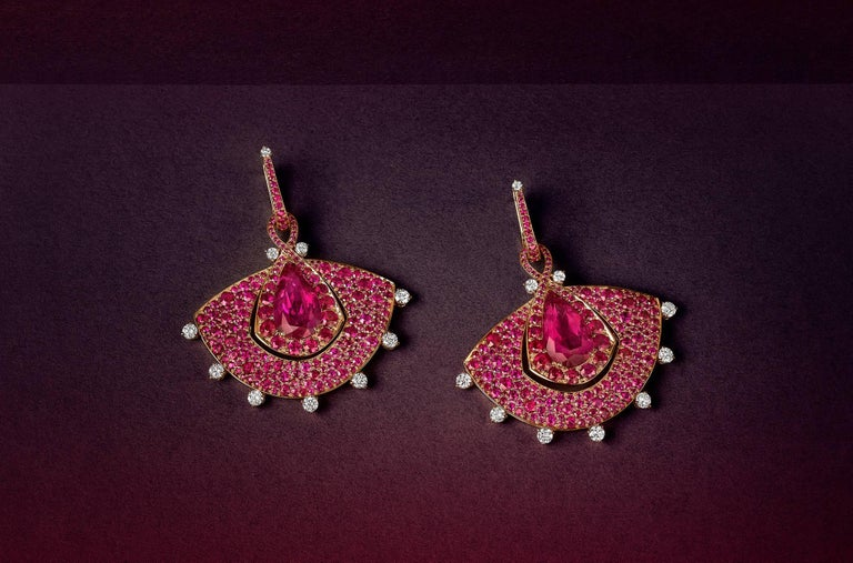 18K Rose Gold, White Diamonds, Mozambican Ruby, and Rubellite Earrings and Ring In New Condition For Sale In Mayfair, London, GB