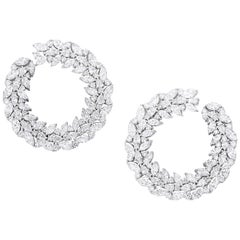 Earrings crafted in 18K White Gold and White Diamonds