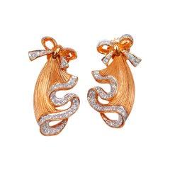 Earrings Dangle in Diamond 18 Karat Gold