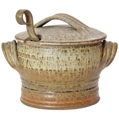Earthenware Pot with Lid and Ladle