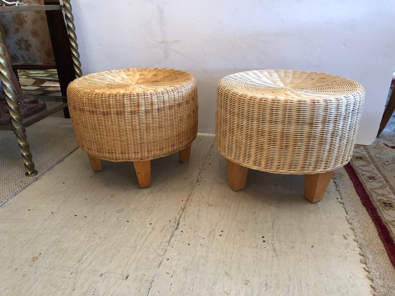 East Hampton Pair of Woven Rattan Round Ottomans In Excellent Condition In Hopewell, NJ