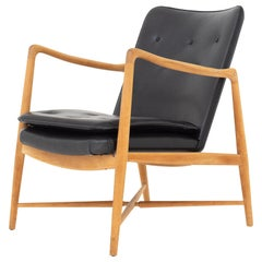 Easy Chair by Finn Juhl