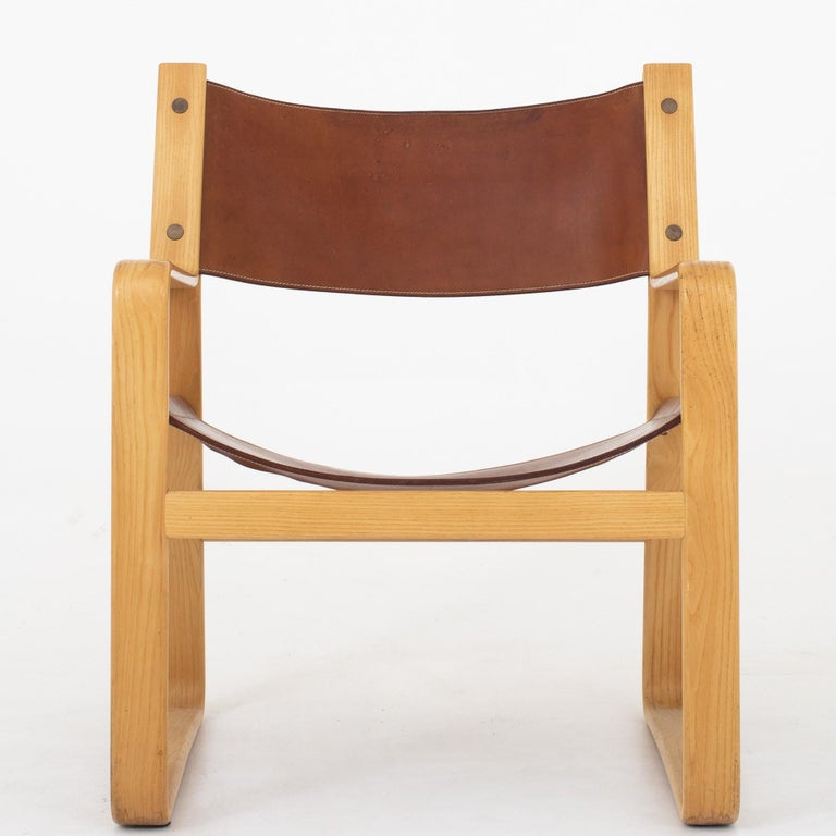 20th Century Easy Chair in Original Leather by Hans J. Wegner For Sale