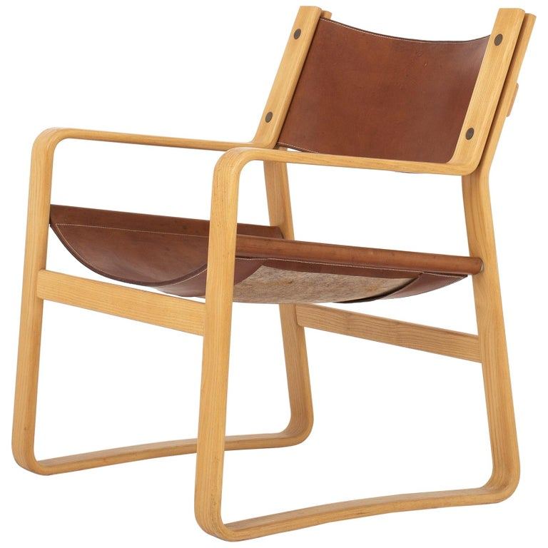 Easy Chair in Original Leather by Hans J. Wegner For Sale